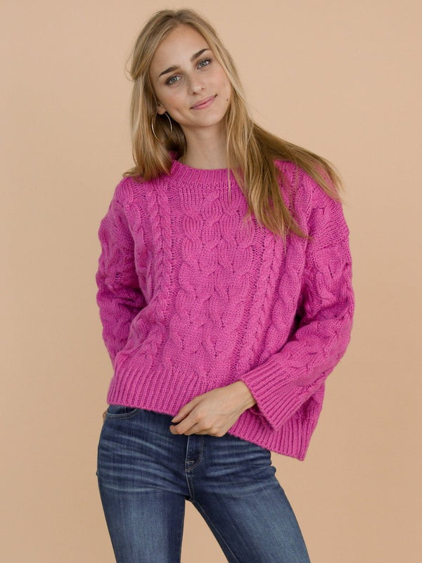 Goodnight Macaroon 'Katelyn' Pink Cable Knitted High Low Crew Neck Sweater Model Front Half Body