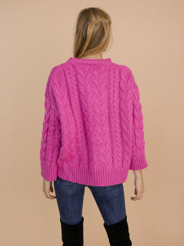 Goodnight Macaroon 'Katelyn' Pink Cable Knitted High Low Crew Neck Sweater Model Back Half Body