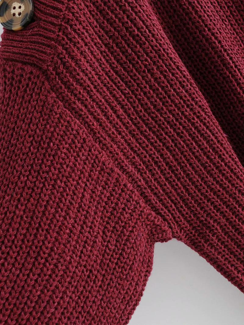 Goodnight Macaroon 'Zona' Buttoned Shoulder Crew Neck Sweater Red Armpit