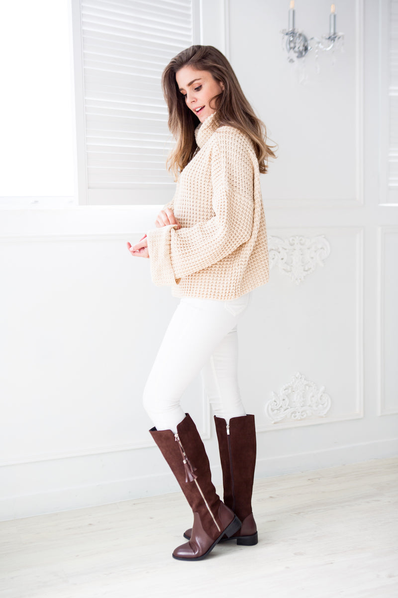 Goodnight Macaroon 'Retta' Cream White Ribbed Cropped Turtleneck Sweater Model Side Full Body