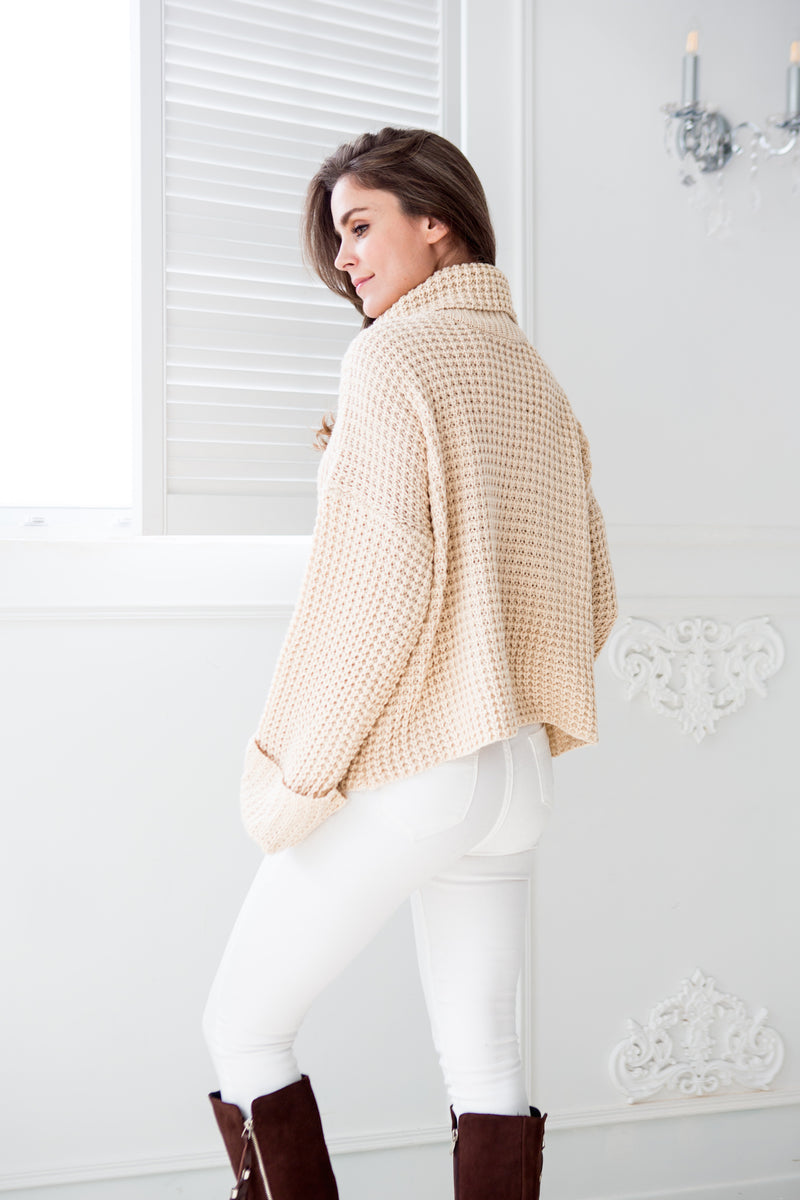 Goodnight Macaroon 'Retta' Cream White Ribbed Cropped Turtleneck Sweater Model Back Half Body