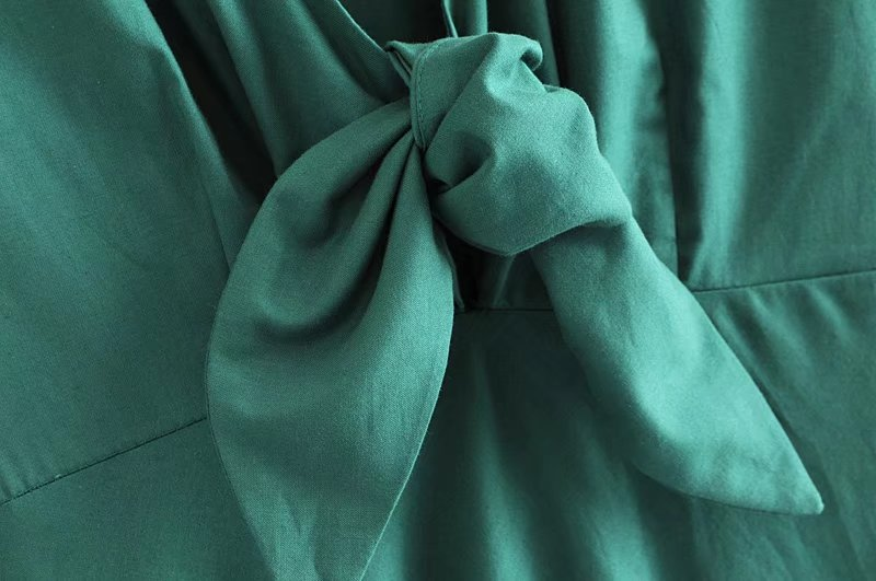 Goodnight Macaroon 'Gamila' Emerald Green Front Tied Midi Dress Bow