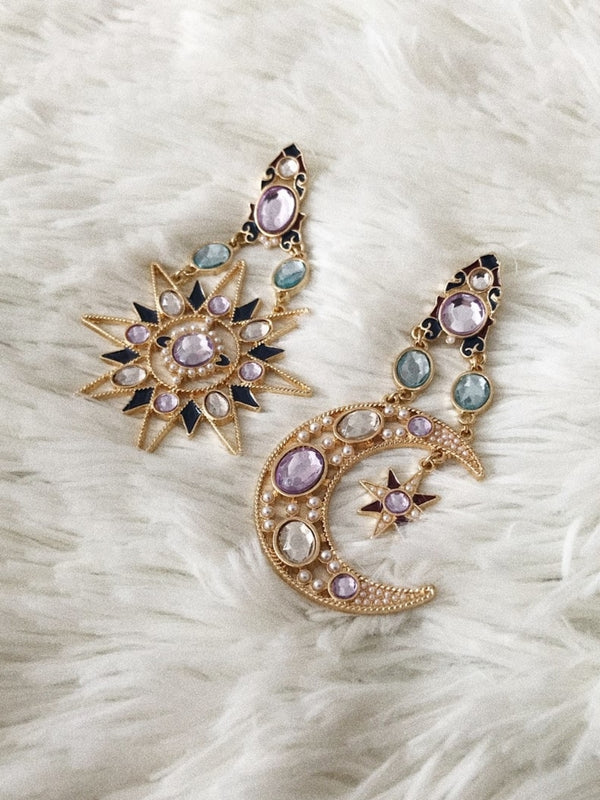 'Amaris' Cosmic Drop Mismatching Earrings
