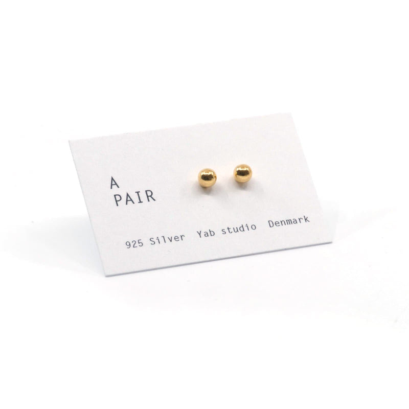 A Pair Dots - Gold Plated - Dots Earrings - Yab Studio - Totem Store