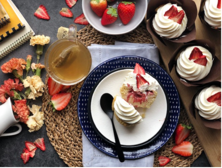 #Keto Gourmet Cupcakes - Strawberry Shortcake