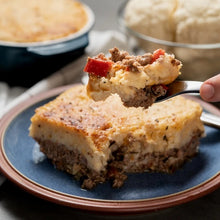 Load image into Gallery viewer, Shepherds Pie with Cheesy Cauliflower Mash