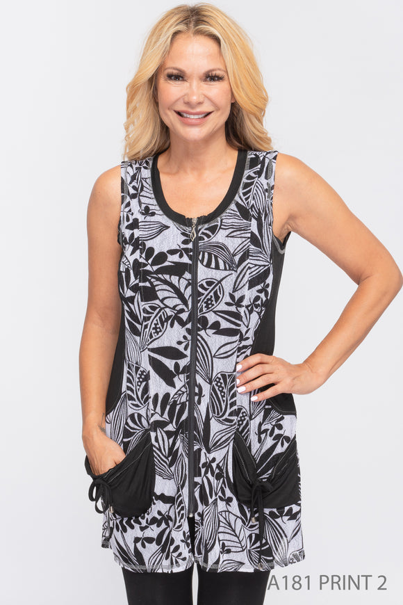 NEW - Creations Black & White Printed Vest