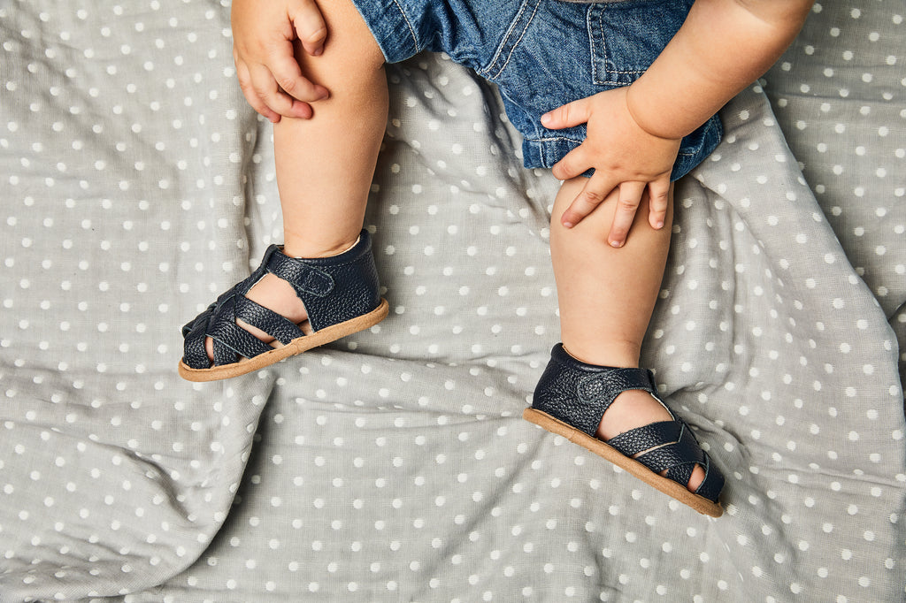 How to choose the right size shoe for your baby