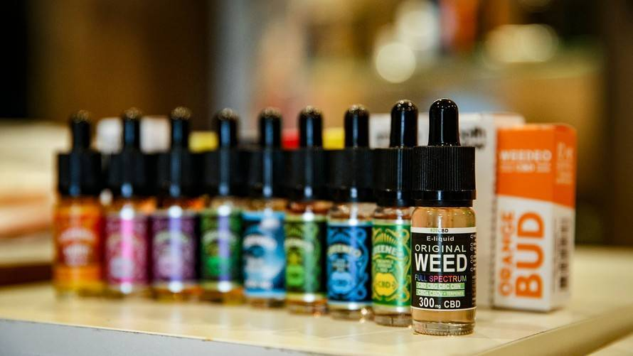 A FEW THINGS TO REMEMBER ABOUT CBD OIL BEFORE YOU SPEND MONEY ON IT