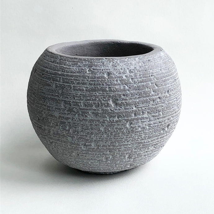 Light Grey Boule Pot