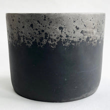 Load image into Gallery viewer, Metallic Fade Silver Cylinder Pot