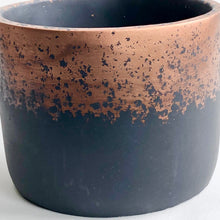 Load image into Gallery viewer, Metallic Fade Copper Cylinder Pot