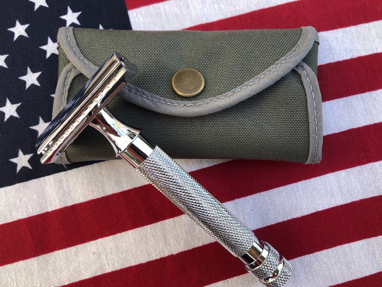 Cosmetic Second - Spearhead Safety Razor Case
