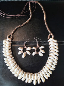DOUBLE ROW COWRIE SHELL JEWELRY SET