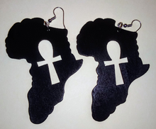 Load image into Gallery viewer, ETERNAL LIFE(ANKH) OF AFRAKA WOODEN EARRINGS