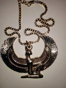 QUEEN ISIS MEDALLION NECKLACE