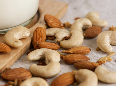 5 reasons I include nuts in my diet