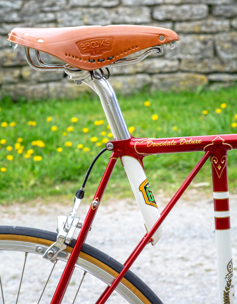 Flying Gate Dovedale Deluxe - Classic Flam Red with Campagnolo Ergopower Parts - Pedal Pedlar Vintage Cycling