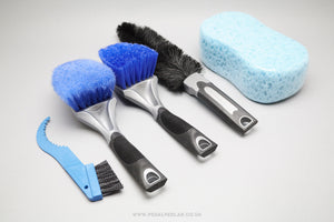 VAR Cleaning Brush Kit - Pedal Pedlar  - 1