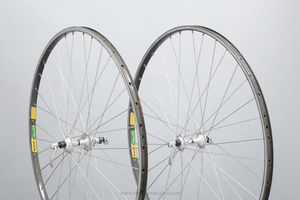 Campagnolo Record (1034) / Mavic MA40 Vintage 700c Clincher Road Wheels - Pedal Pedlar - Bicycle Wheels For Sale