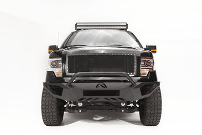Fab Fours Vengeance Series Pre-Runner Front Bumper WITH GUARD in Black Powder Coat - FF09-D1952-1