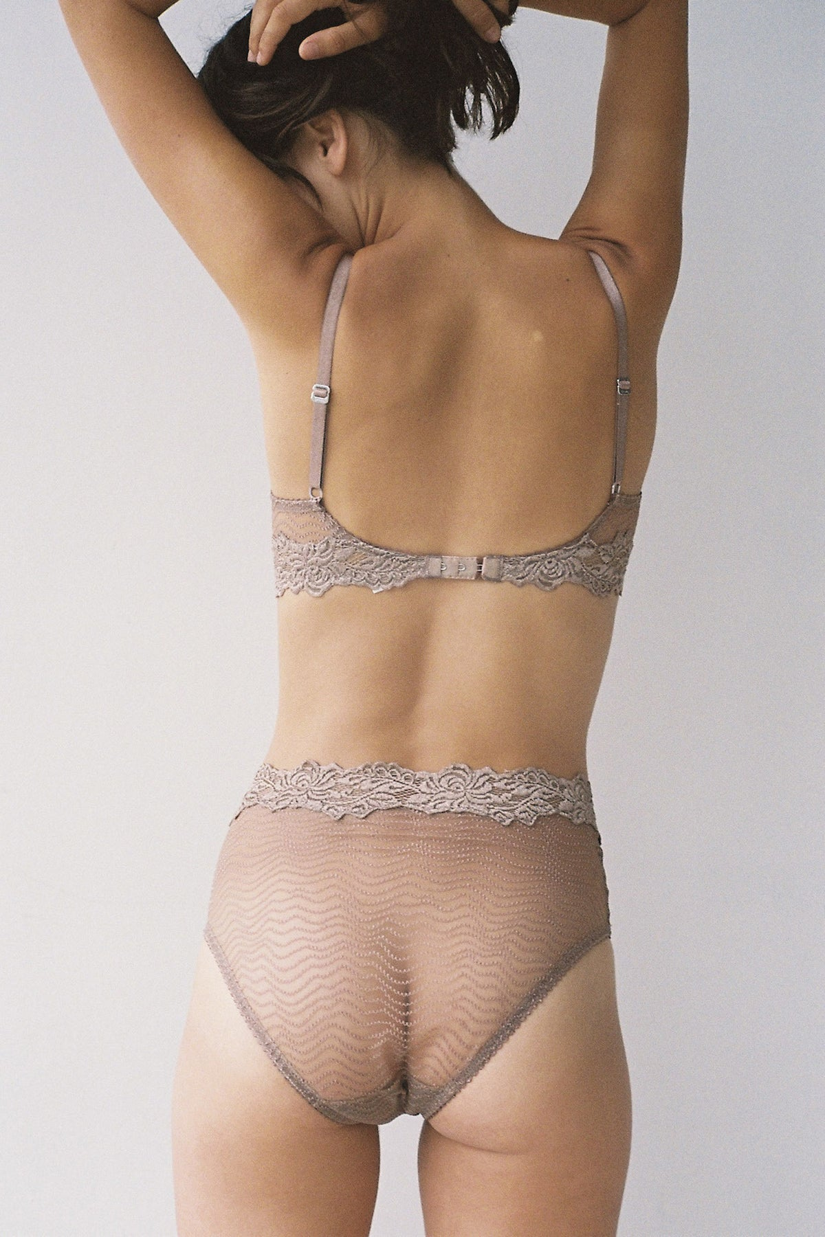 Lonely Bonnie High Waist Brief // Taupe
