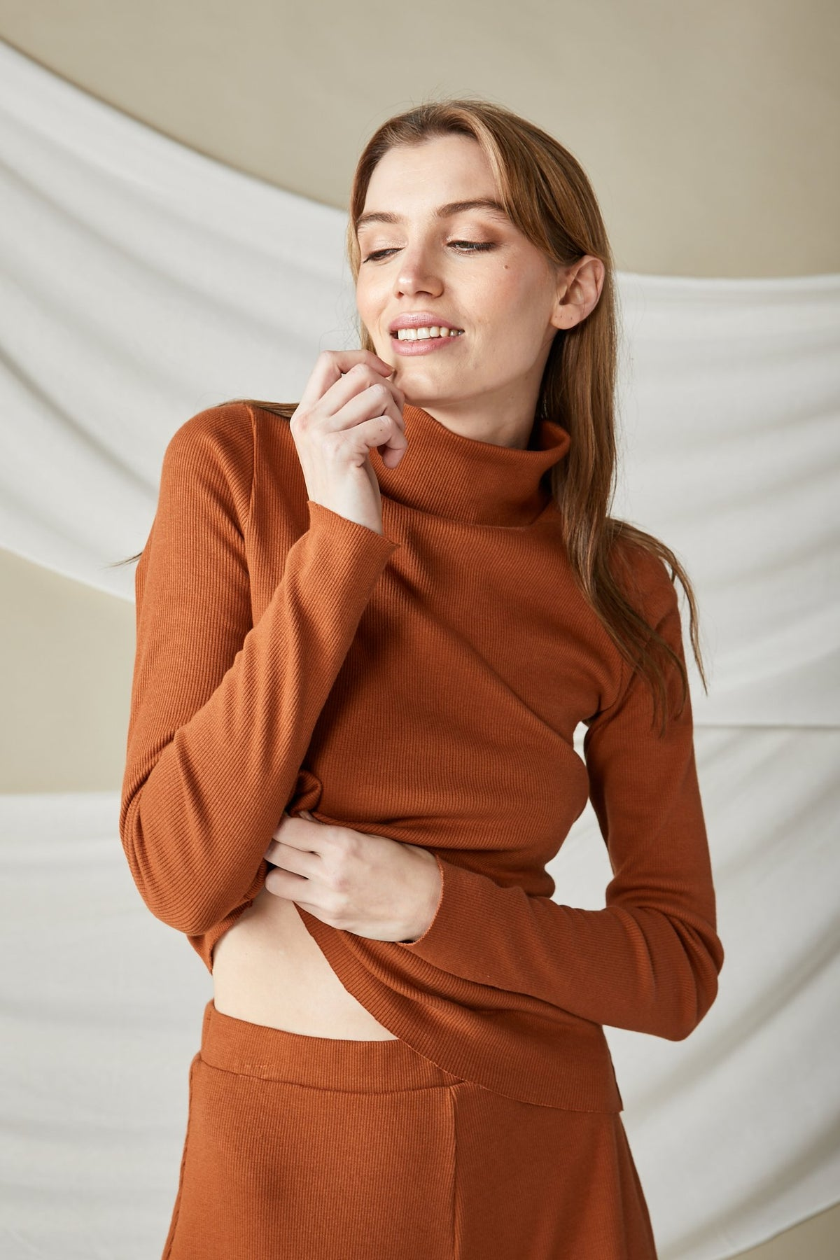 Lois Hazel Rib Top // Terracotta
