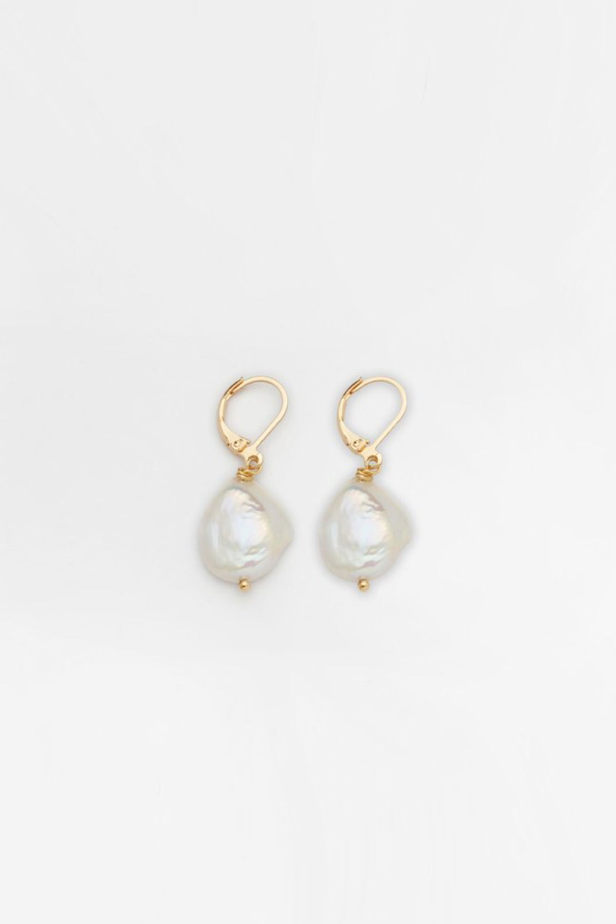 Reliquia Mini Keshi Pearl Earrings