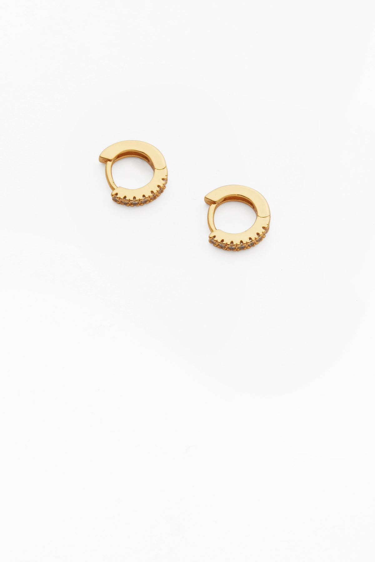 Reliquia Taylor Earrings // Clear