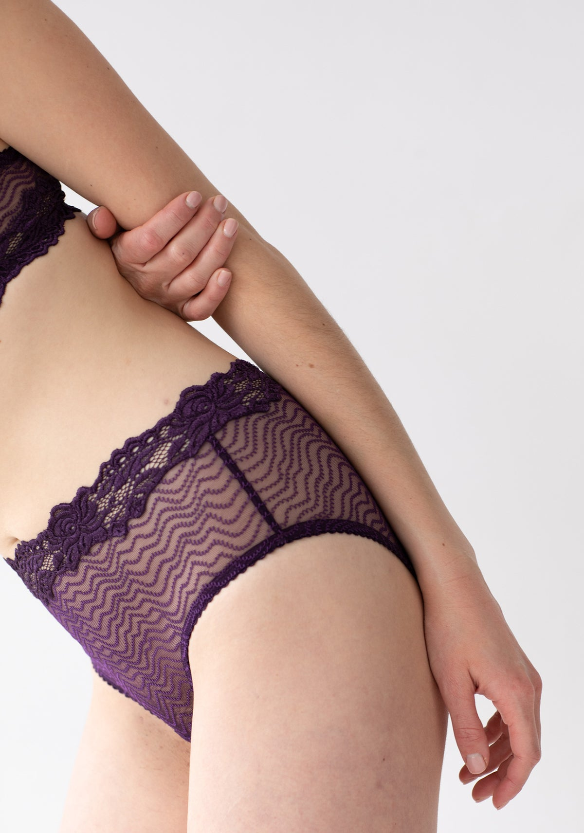 Lonely Bonnie High Waist Brief // Raisin