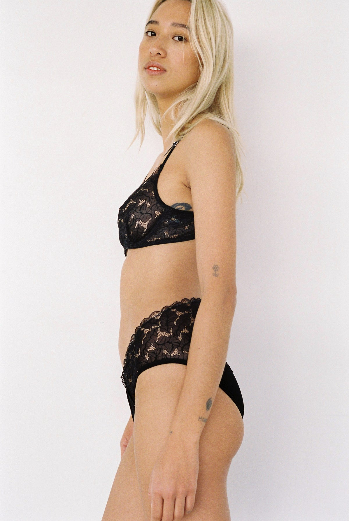 Lonely Ziggy Underwire Bra // Black