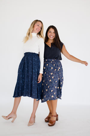 Elizabeth & Natalie Set in Washed Black/Heritage Pear