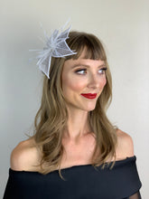 Load image into Gallery viewer, THE AMBER MARIE FLOWER FASCINATOR