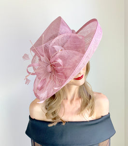 THE NUDE BLOOM HAT