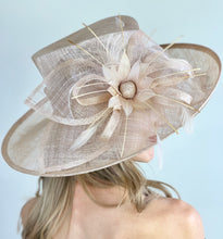 Load image into Gallery viewer, THE NUDE BLOOM HAT