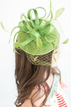 Load image into Gallery viewer, THE LITTLE MADDIE FASCINATOR