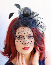 Load image into Gallery viewer, THE LIV MESH FASCINATOR W/ VEIL