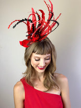 Load image into Gallery viewer, Cardinal Fascinator, Tea Party Hat, Church Hat, Kentucky Derby Hat, bird hat, Red Hat, Tea Party Hat, wedding hat, womens hat