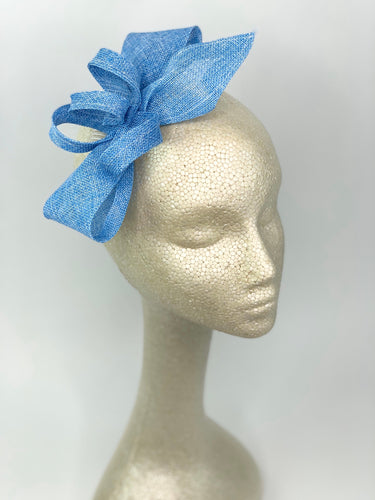 Blue Fascinator, Women's Kentucky Derby Hat, Church Hat, Derby Hat, Fancy Hat, Light Blue Hat, Tea Party Hat, wedding hat for women