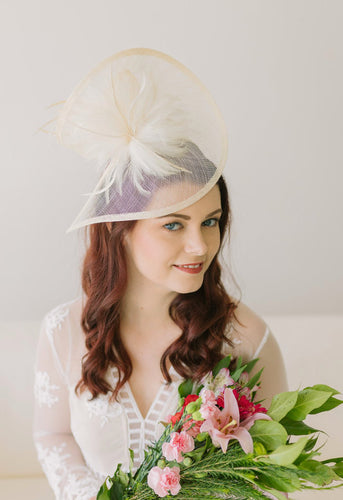 Ivory Fascinator, Womens Tea Party Hat, Hat with Veil, Church Hat, Derby Hat, Fancy Hat, Ivory Hat, Tea Party Hat, wedding hat, British Hat