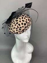 Load image into Gallery viewer, Cheetah Wool Fascinator, Women's Tea Party Hat, Church Hat, Derby Hat, Fancy Hat, Pink Hat, Tea Party Hat, wedding hat