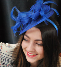 Load image into Gallery viewer, Fascinator, Royal Blue Fascinator, Tea Party Hat, Church Hat, Derby Hat, British Hat, Wedding hat, Blue Fascinator, womens hat, Royal Hat