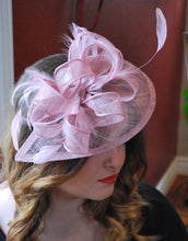 Load image into Gallery viewer, Blush Pink Fascinator, British Hat, Womens Tea Party Hat, Church Hat, Derby Hat, Fancy Hat, Pink Hat, Tea Party Hat, wedding hat