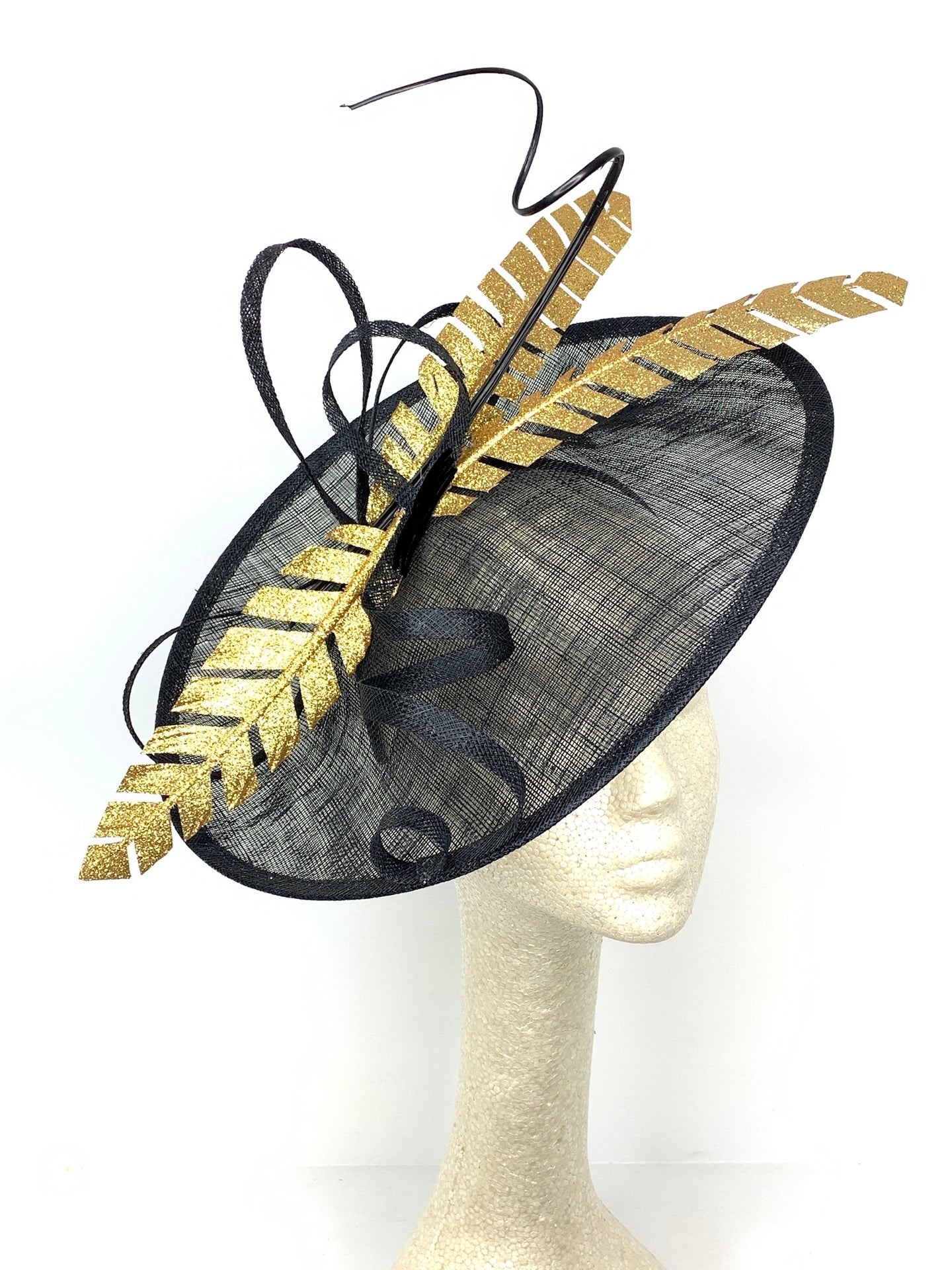 BLACK & GOLD FEATHER HATINATOR