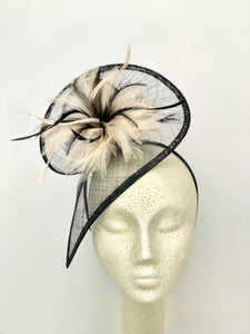 BLACK AND NUDE FASCINATOR