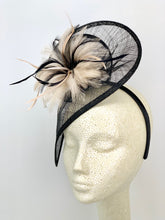 Load image into Gallery viewer, BLACK AND NUDE FASCINATOR