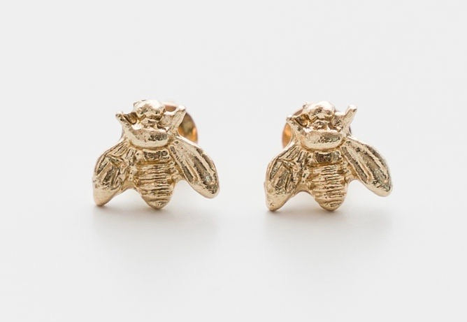 MINI BEE GOLD EARRINGS