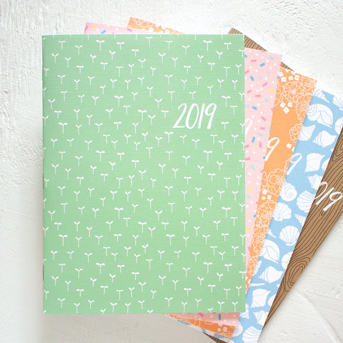 "2019 monthly planner - 6"" x 8"""
