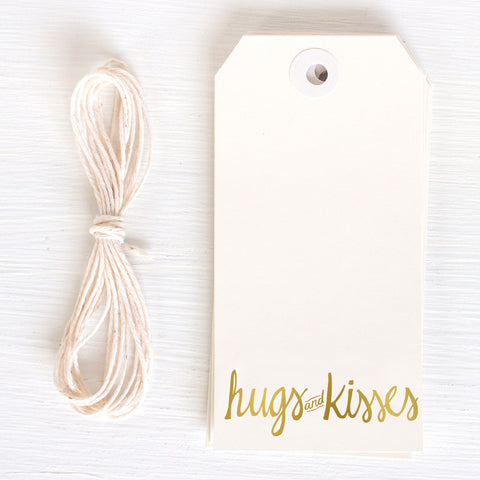 gold gift tag - hugs and kisses