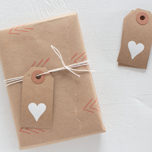 gift wrap extras kit - kraft hearts